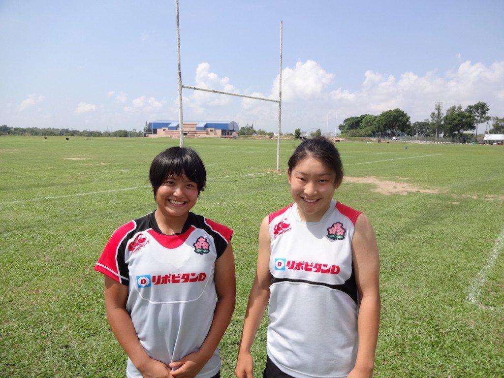 薮内選手(左)と鵜川選手(右)
