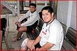 この日合流した宮本選手(右)と同チームの山本貢選手