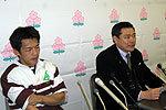 関西代表、右から中谷誠監督、山崎明俊キャプテン