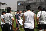 佐野コーチによる練習前ミーティング