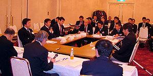 第13回全国クラブ大会に先立ち、1月7日に熊谷で、クラブチームの諸課題を話し合う<クラブカンファランス・イン・全国クラブ2006熊谷>が開催され、そのなかで「立教宣言」が紹介されました