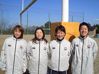 左から青柳選手、石島選手、山田選手、田中選手