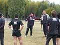 カーワンヘッドコーチとバーンコーチがスペースの作り方、攻め方について説明