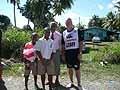 カーワンHCとパットのお父様とふたりのお子さん