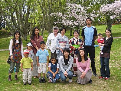 お世話になった日本人会の皆様にも花見で別れを告げた