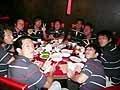 美味しい中華に舌鼓をうつ選手たち