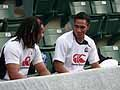 ロコツイ選手(左)、マフィレオ選手(右)も元気に練習参加