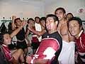 試合後のロッカールーム。喜び爆発です