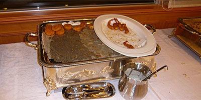 どの皿もほぼ完食。サンロイヤル様、おいしい料理をありがとうございます