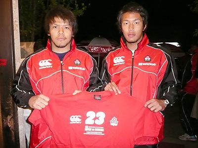 木津武士選手(写真左)、山中亮平選手(写真右)