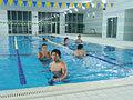 プールでしっかり体をリラックスさせます