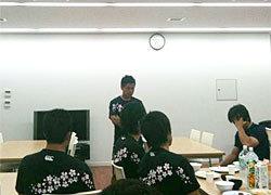 ミーティングは村田監督からキックオフ