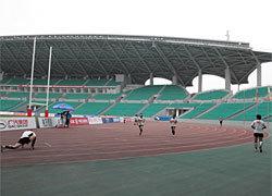 ゲーム前の個人アップ中。ゲーム会場は3万人収容のスタジアム