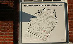 リッチモンドクラブは天然芝のグラウンドが7面あります