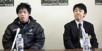 筑波大学の古川監督(右)と川口キャプテン